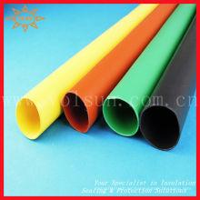 Tubo termocontraíble de mayor diámetro para aislar la barra colectora