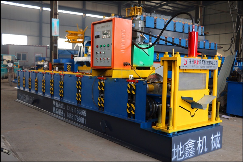 new design ridge cap roll forming machine54
