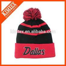 Gorrita tejida de acrílico de encargo de los sombreros del hip hop del invierno al por mayor con la bola superior