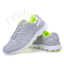 New Fashion Men′s Sneaker Shoes