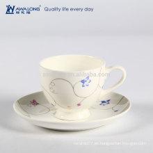 Cappuccino Plain Venta al por mayor Promocional Cerámica Bone China Taza de café y platillo Set