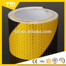 Reflective Safety Warning tape, black yellow, right side, honey comb