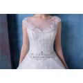 Elegante bordado con cuentas una línea de vestidos de novia con cola HA546