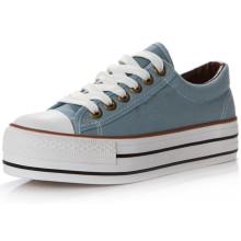 Sapatos de lona para jovens estudantes com rendas