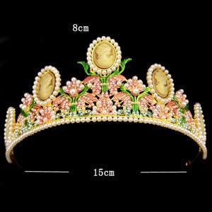 Coronas de flores de boda con perlas
