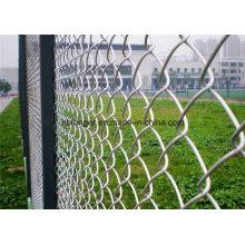 Esgrima de malla de alambre galvanizado recubierto de PVC Esgrima / Malla de alambre de diamante
