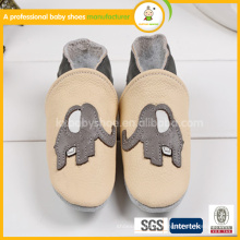 Muito lindo padrão de elefante bebê sapatos de couro genuíno 2015