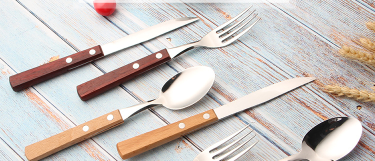 Wooden Handle Flatware Set