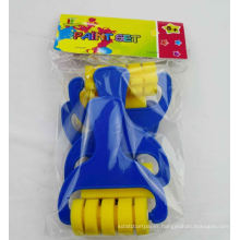 Big shaped kids diy paint brush roller set