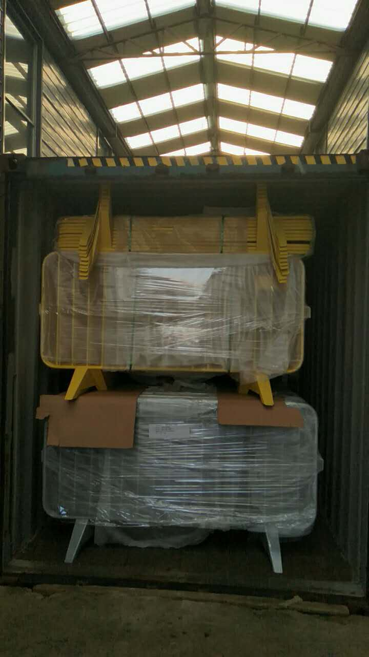 crowd control barriers shipping