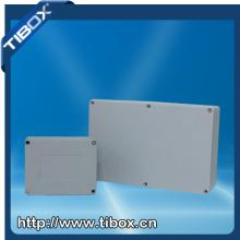 Aluminiumbox mit Schraubentyp