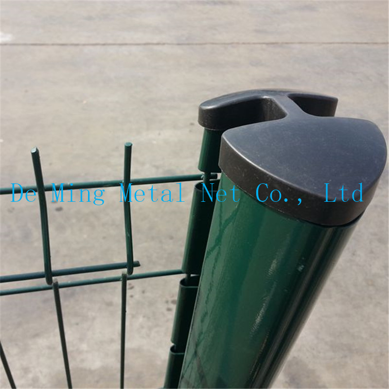 mesh fencing peach post