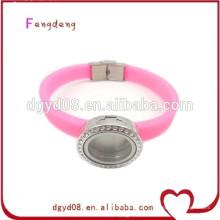 Мода горячий продавать силиконовый браслет оптом