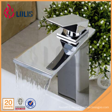 Nuevos productos cromo grifo monocasco lavabo fregadero cascada