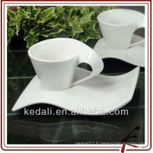 Tasse à thé en porcelaine