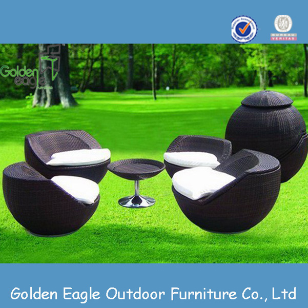 pe wicker garden furniture