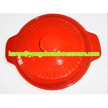 Керамическая большая круглая кастрюля с крышкой-красным цветом