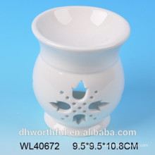 Элегантная белая керамическая горелка для ароматического масла