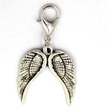 Antike silberne doppelte Flügel-hängende kundenspezifische Schmucksache-Legierung Jewellry