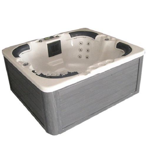 Outdoor whirlpool+spa bath