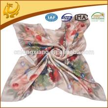 Latest Arrival Fashion Design Pure Flower Square Soie 100% lenços de seda