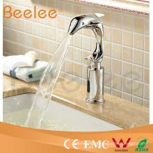 Robinet électrique instantané de robinet d'eau chaude par la conception professionnelle
