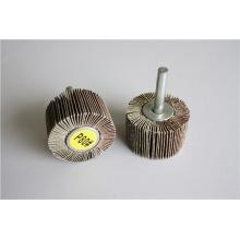 Rueda de aleta abrasiva de óxido de aluminio con eje para pulir