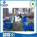 rack de stockage d'entrepôt formant des machines