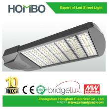 Lampe de rue à LED de haute qualité boîtier lumineux en aluminium IP65 Super Bright 60W 100W 200W 300W conduit éclairage public