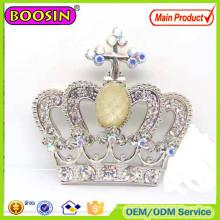 Broche de plata con corona de cruz de cristal checo europeo 2016