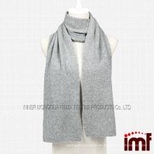 Grau gestrickter Kaschmir Schal