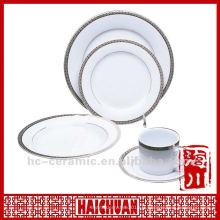 Ensemble de dîner en vaisselle en porcelaine