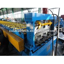 rollo de cubierta de metal que forma la máquina