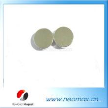 Magnetizado recubrimiento de níquel poco imán de disco