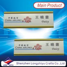 Retráctil titular de placa de identificación de oro de aluminio