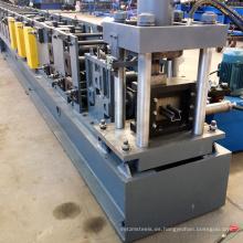 Buen pilar de almacenamiento en estanterías verticales rack viga marco de laminación en frío ex máquina