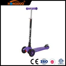 Qualität und Menge gesichert 3 Räder Schritt Pedal Kick Roller für Kinder