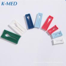 Conjunto de infusão iv clipe de suspensão de saco plástico