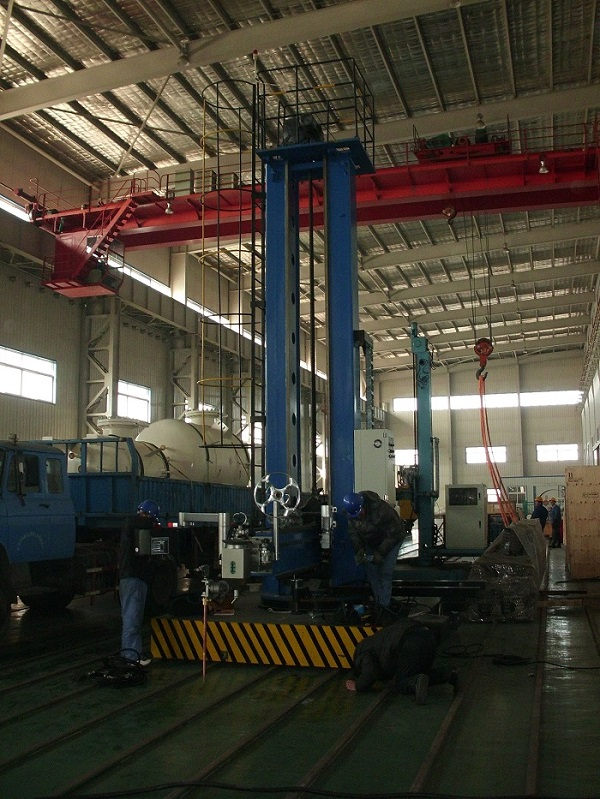 Double Column Strip Welding Column And Boom 2