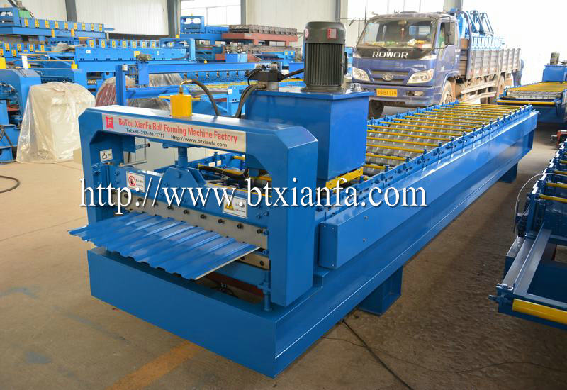 Types forming machine