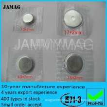 Accessories magnetic button for clothing