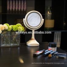 2017 nuevos productos calientes del bluetooth altavoz de la música espejo espejo de maquillaje LED con luz led espejo de aumento 5X cosmética