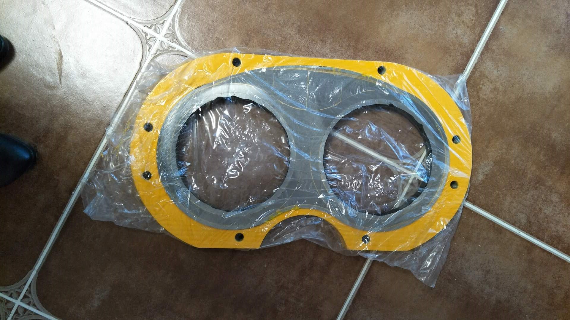 zoomline concrete pump wear plate