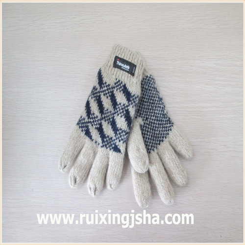 man Jacquard knitted wool gloves