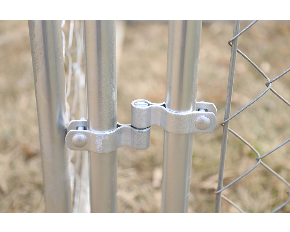 Large Outdoor Galvanized Chain Link Kennel