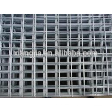 Hot galvanized stainless steel wire mesh fence for construction project