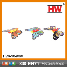 Классический предмет новинки из прошлых летних игрушек бабочки