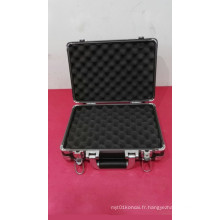 Boîte à outils en alliage d'aluminium antichoc (315 * 225 * 105 mm)