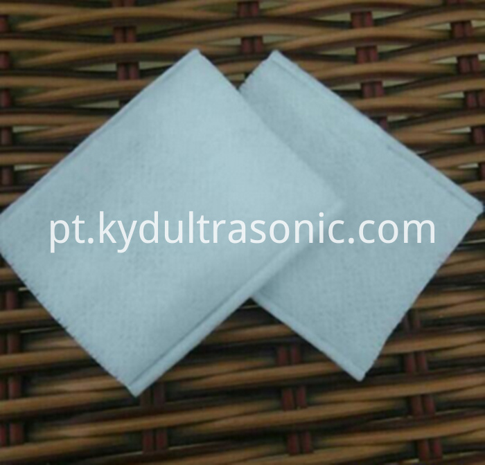 Disposable Square Cotton Pad (1)