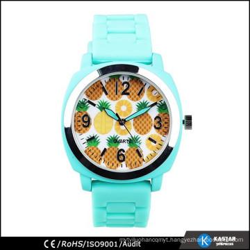 2015 new arrival watch geneva watch attractive color